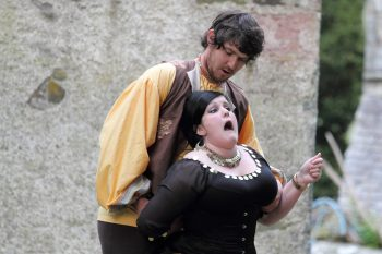 Petruchio and Kate (Taming of the Shrew 2016)